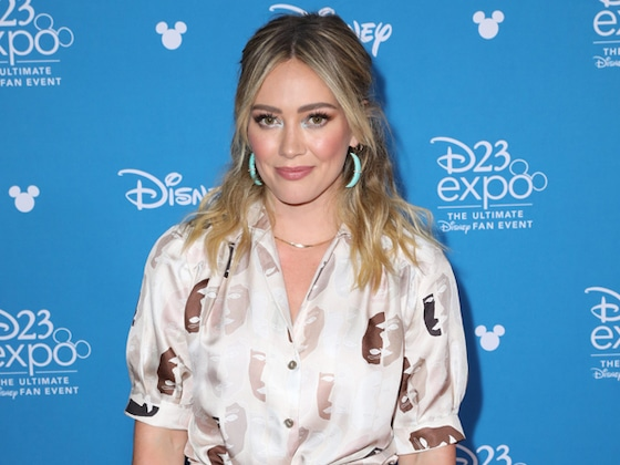 Hilary Duff Pleads With Disney+ to Let <i>Lizzie McGuire</i> Air on Hulu