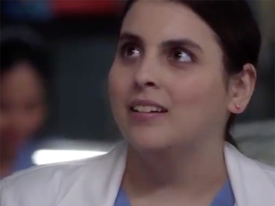Dear <i>Grey's Anatomy</i>, Please Don't Kill Intern Beanie Feldstein