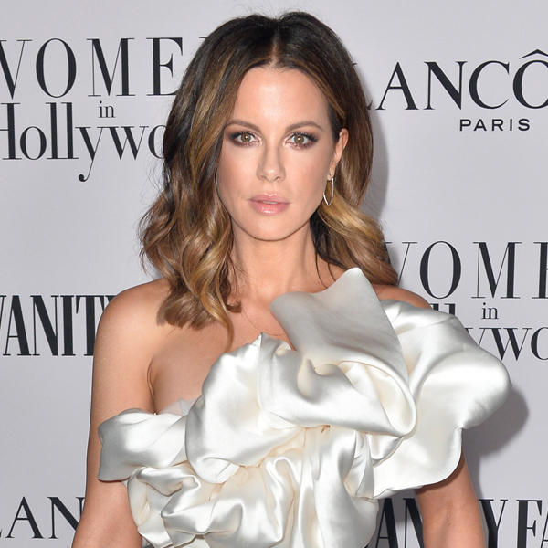 """Kate Beckinsale Has the Best Response To Claim She Dates Men Who Could Be Her """"Children"""" – E! Online"""