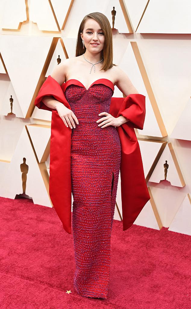 Kaitlyn Dever, 2020 Oscars, Academy Awards, Red Carpet Fashions
