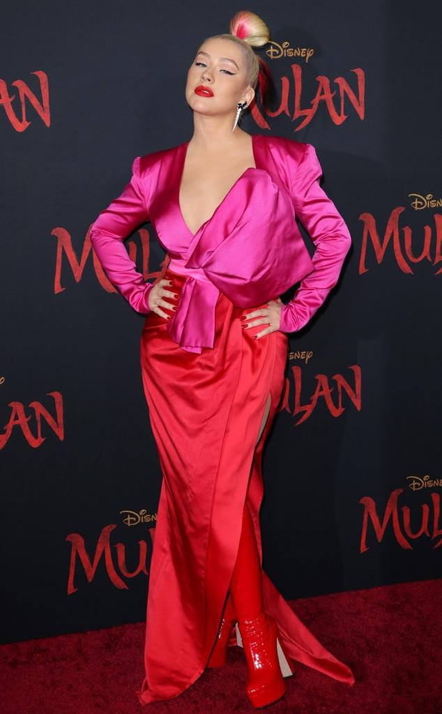 Christina Aguilera, WTF WIDGET