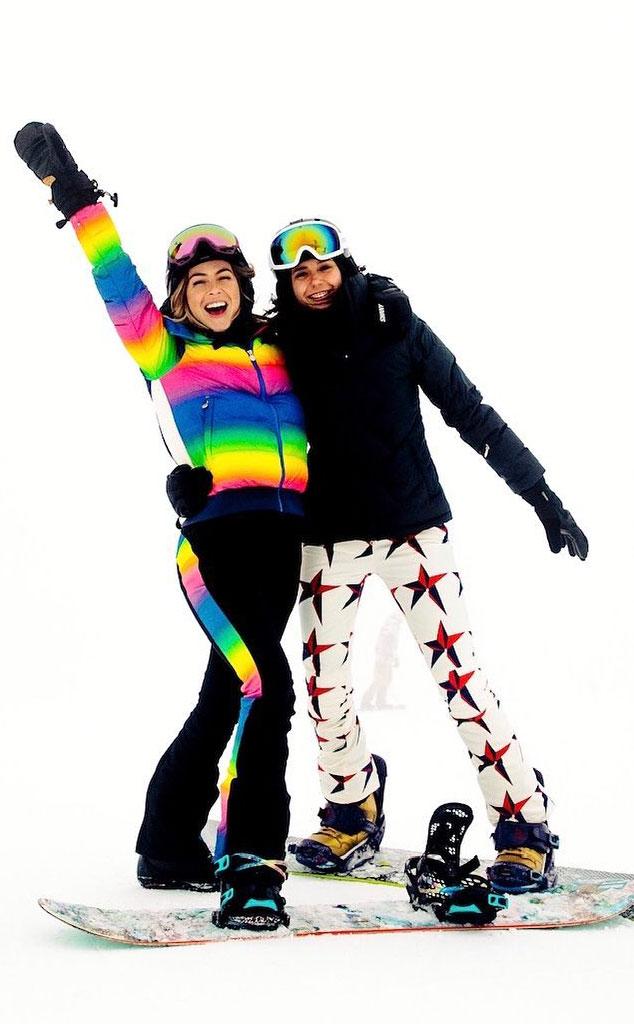 Julianne Hough, Nina Dobrev, BFF Ski Getaway