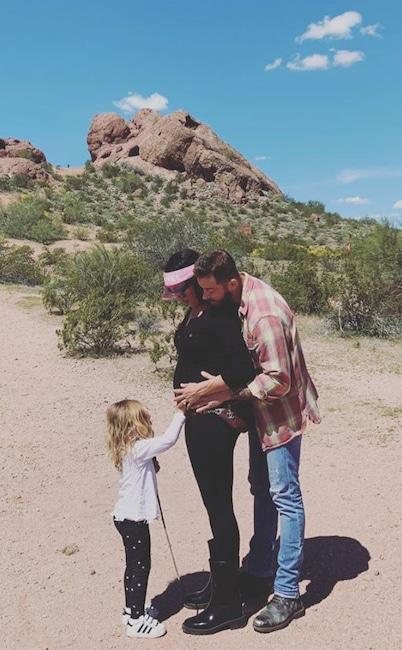 Nikki Bella, Instagram, Pregnancy, March 2020