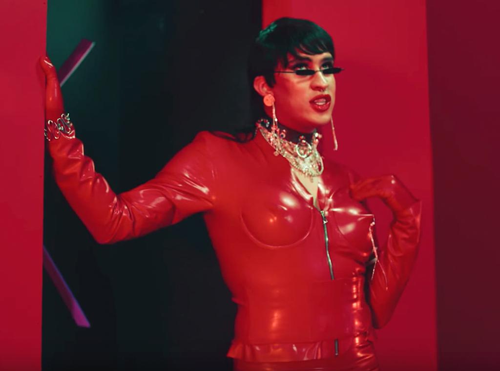 Bad Bunny, Yo Perreo Sola, music video
