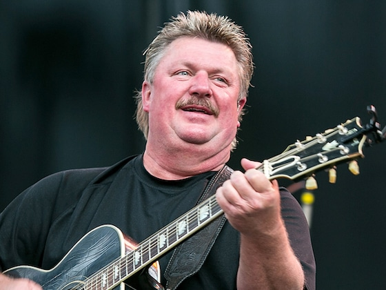 Country Music Legend Joe Diffie Dead Due to Coronavirus Complications