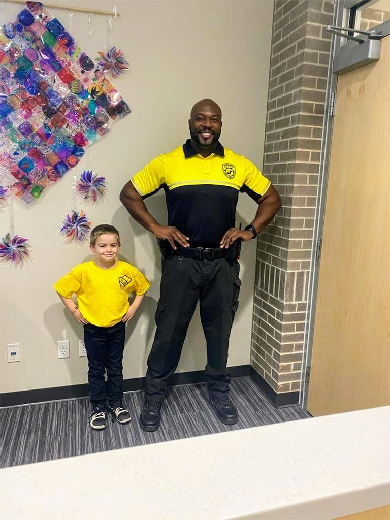Kindergartener, Kid, Security Officer, Facebook