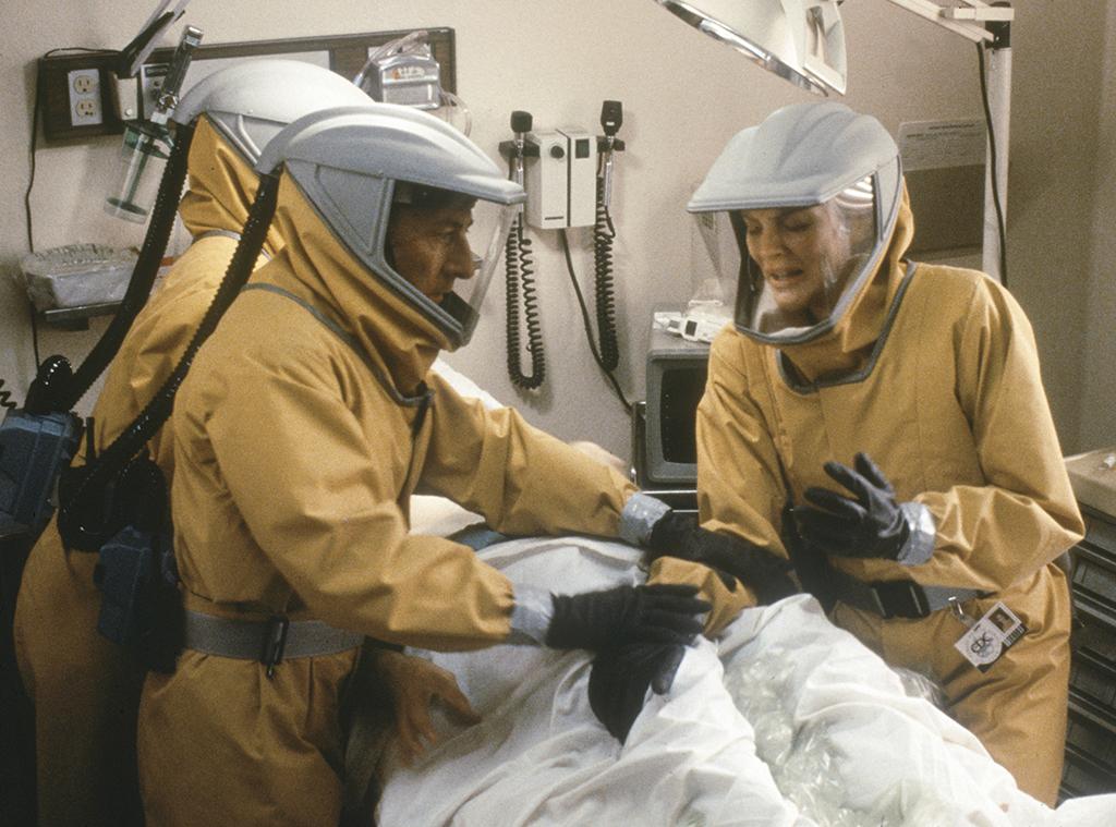 Outbreak, Dustin Hoffman, Rene Russo