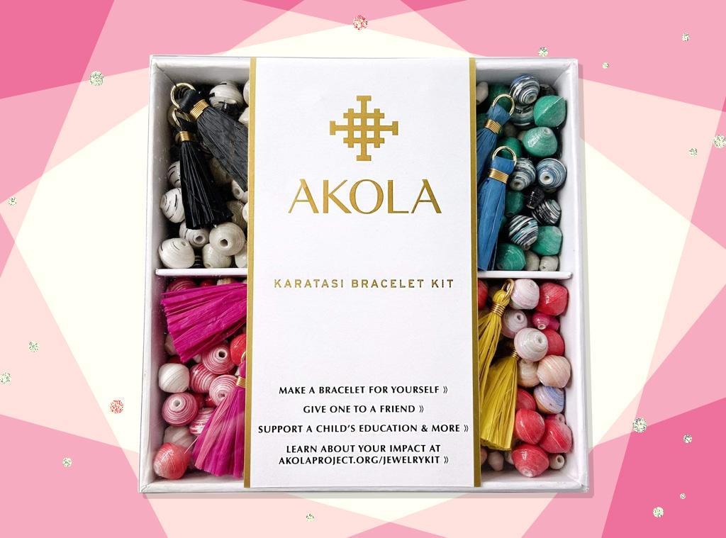 EComm: Celeb Fave Akola's DIY Bracelet Kit Will Be Your New Favorite Hobby