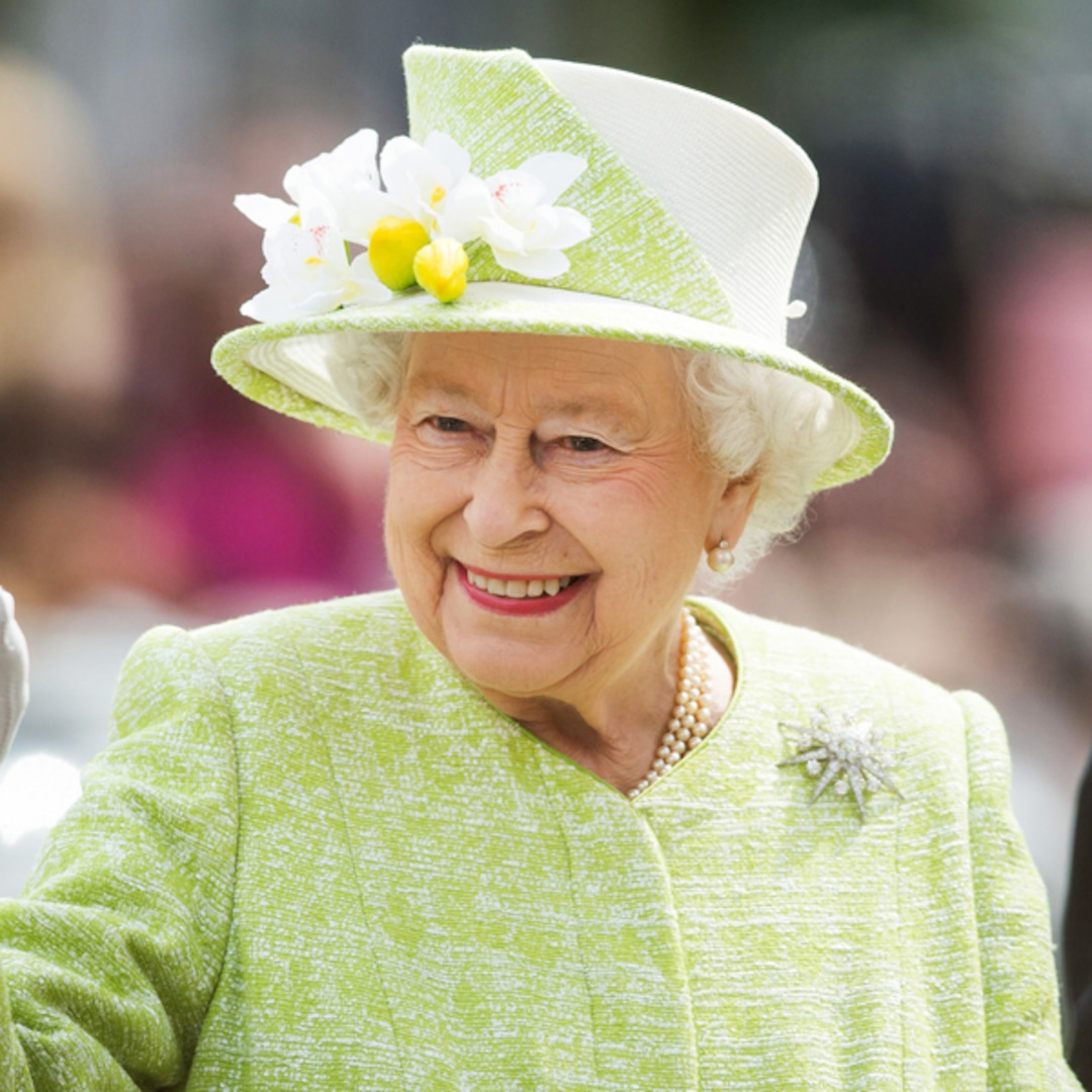 Queen to mark 87th birthday privately on Sunday   Queen of