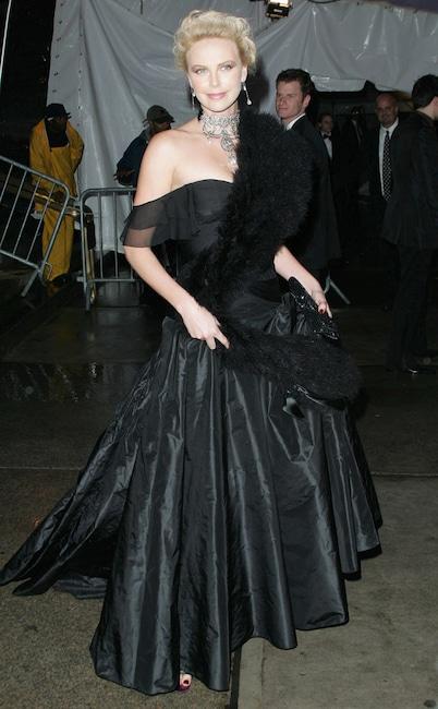 Charlize Theron, 2004 MET Gala