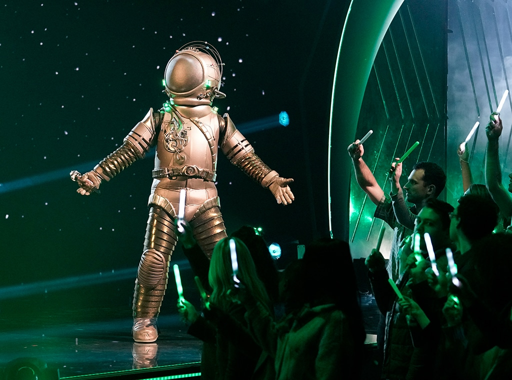 The Masked Singer S Astronaut Wasn T Entirely Truthful E Online