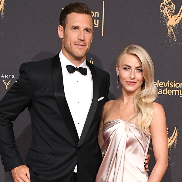 Julianne Hough Approves of Brooks Laich's Thirst Trap Photo
