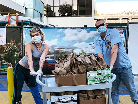 Miley Cyrus and Cody Simpson Deliver Tacos to Healthcare Workers