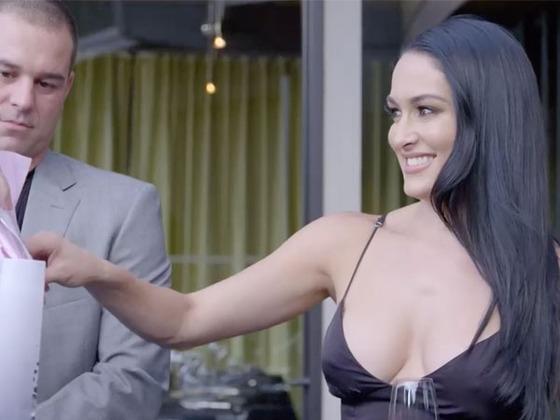 Watch Nikki Bella's Mom Surprise Her With Condoms in This Hilarious <i>Total Bellas</i> Bonus Clip