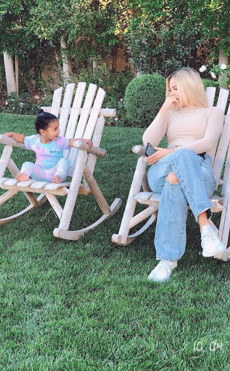 Kardashian Family Social Media Posts, Instagram