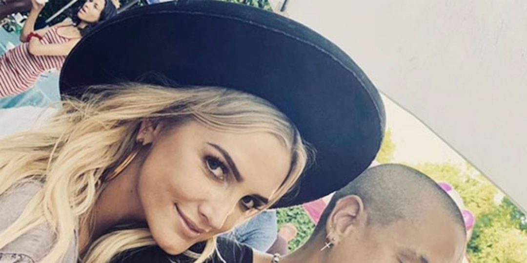Ashlee Simpson Ross' Husband Evan Ross Recalls Daughter's Fury About Getting a Baby Brother - E! Online.jpg