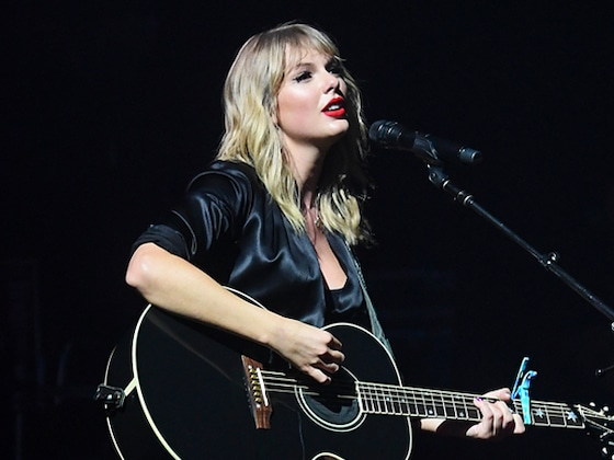 Taylor Swift Fans Are Convinced She Just Outplayed Scooter Braun With This Cryptic Cover