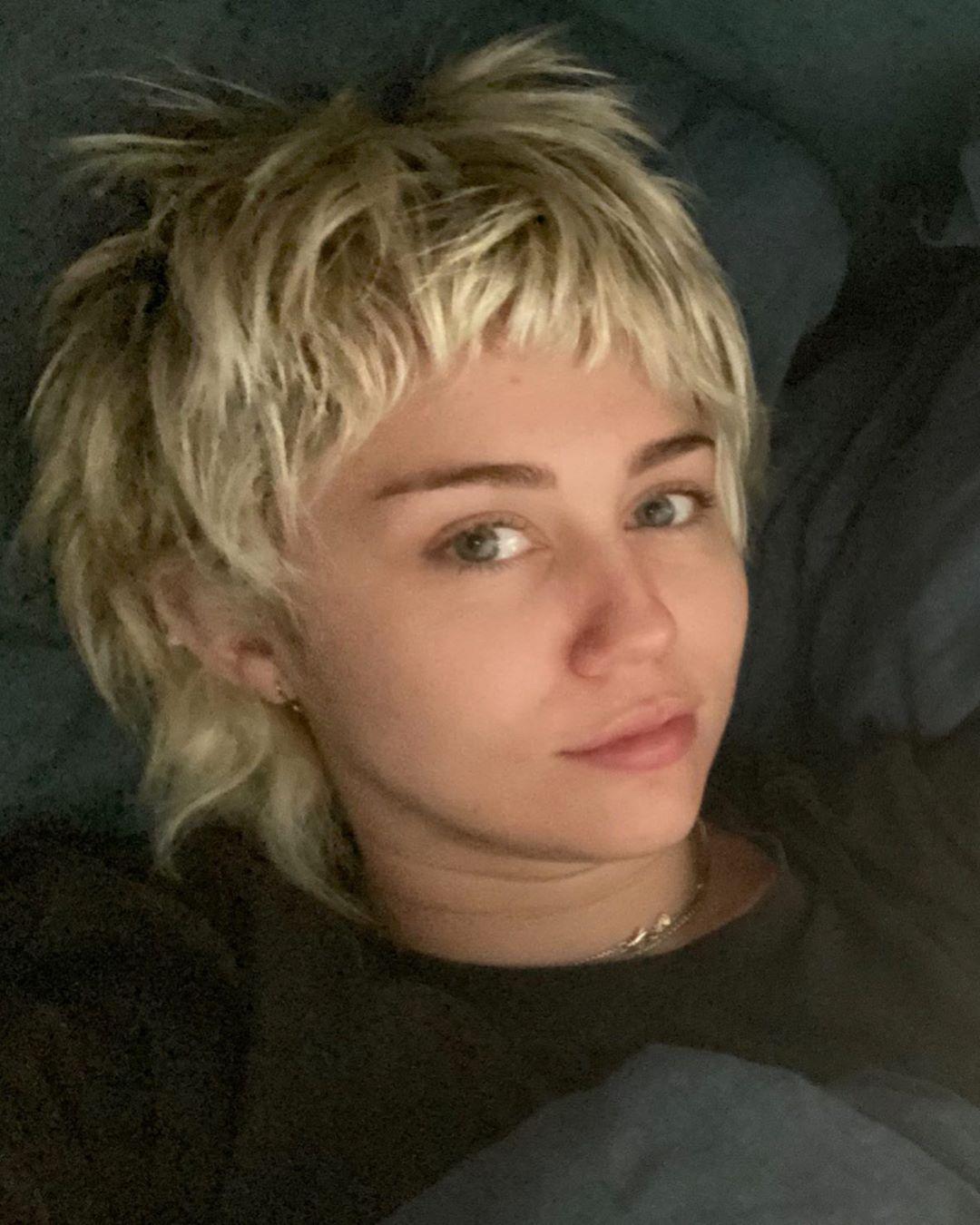 Miley Cyrus, Hair