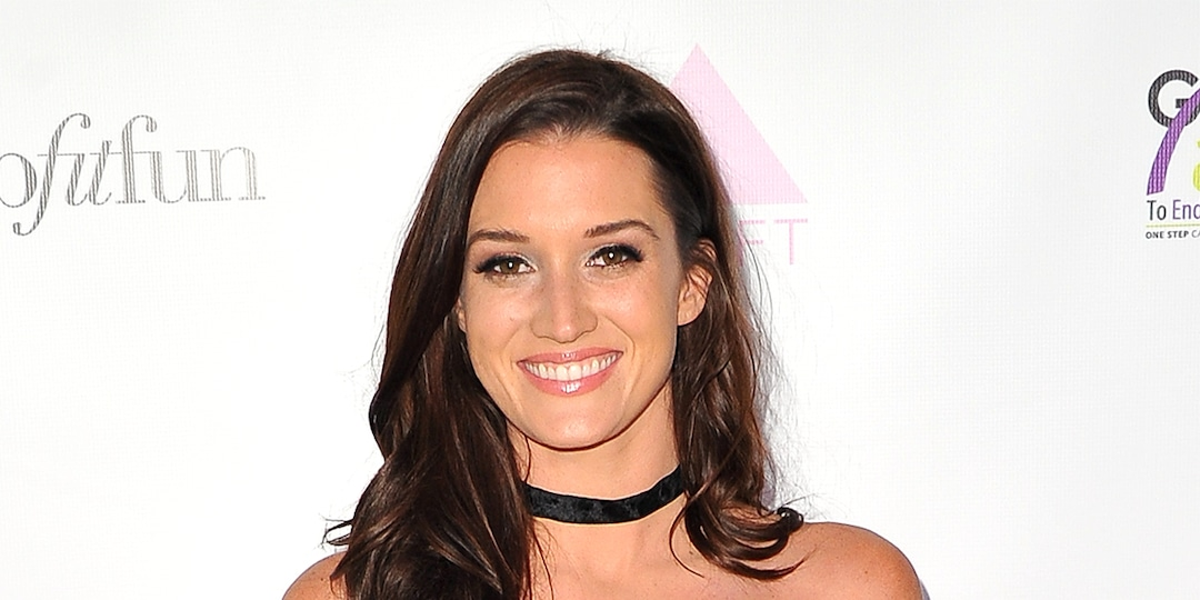"""Bachelor Nation's Jade Roper Thought She """"Was Going to Die"""" Before Experiencing Postpartum PTSD - E! Online.jpg"""