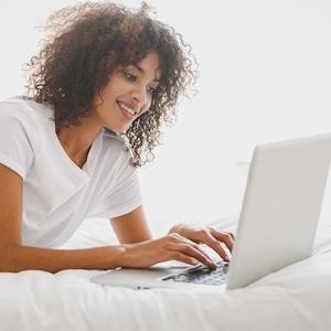 Ecomm: generic e-comm shopping images, stock photo, online shopping
