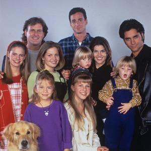 Full House secrets, Cast photo season 8