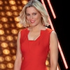 Elizabeth Banks Teases Bigger <i>Press Your Luck</i> Season 2 With Emotional Rollercoasters