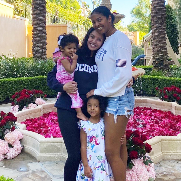 Kobe Bryant's Daughter Natalia Celebrates Sister Bianka's Birthday With Throwback Pic of Them With Gianna
