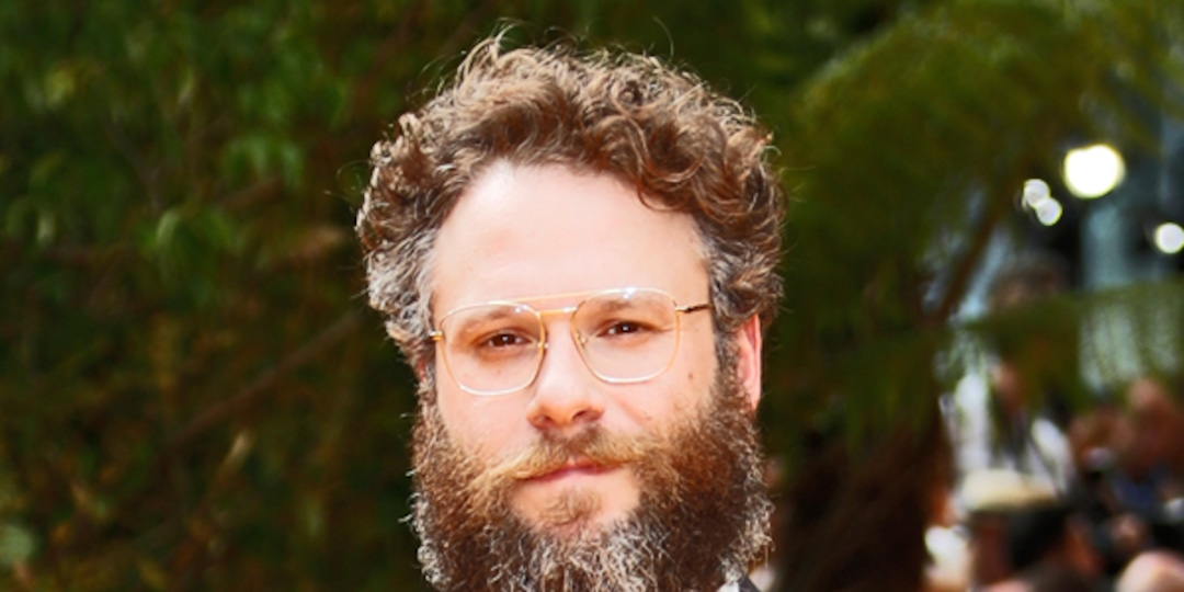 Seth Rogen Reveals His Most Embarrassing Celebrity Encounters in Yearbook - E! Online.jpg