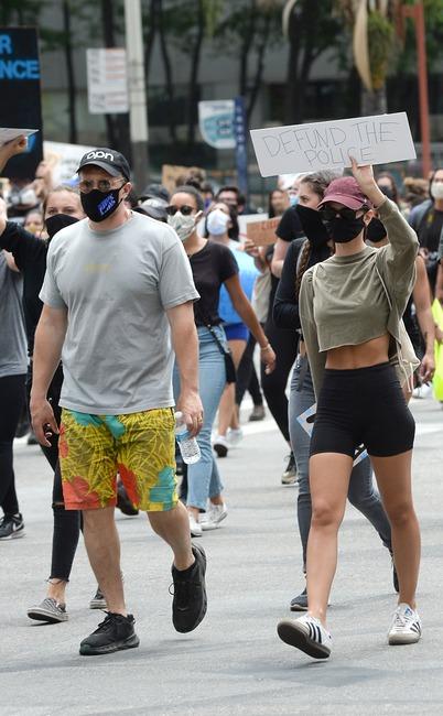 Emily Ratajkowski, Sebastian Bear-McClard, Protest