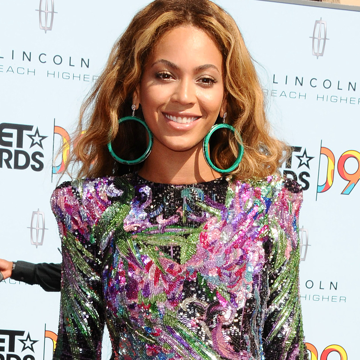 The Most Unforgettable Red Carpet Moments From BET Awards - E! Online
