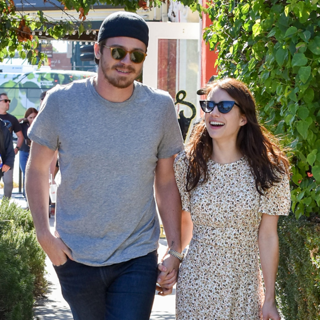 Emma Roberts Is Pregnant, Expecting First Child With Garrett Hedlund: Report - E! NEWS thumbnail