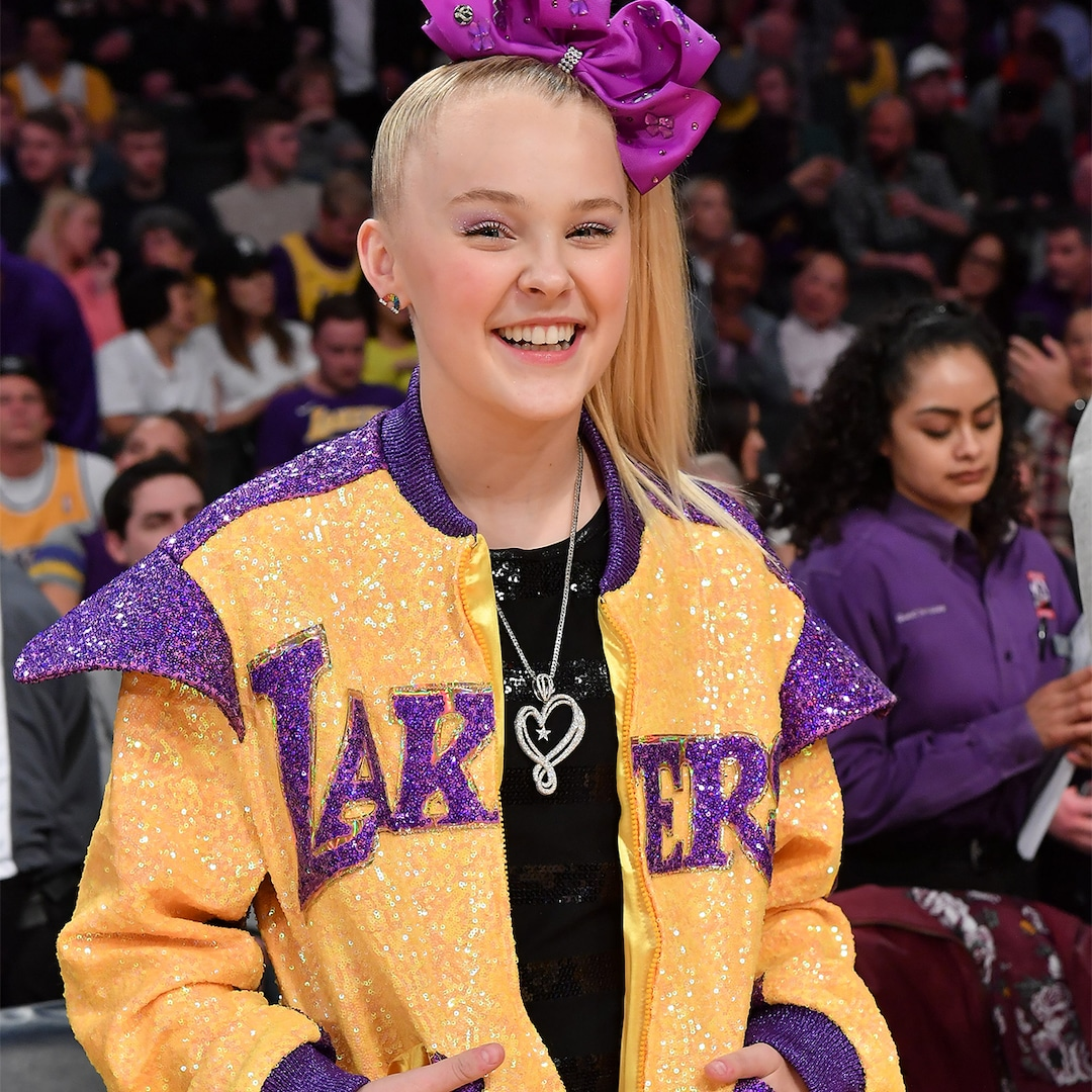 "Jojo Siwa Says She's ""Really Really Happy"" in Heartfelt Video About Coming Out – E! NEWS"