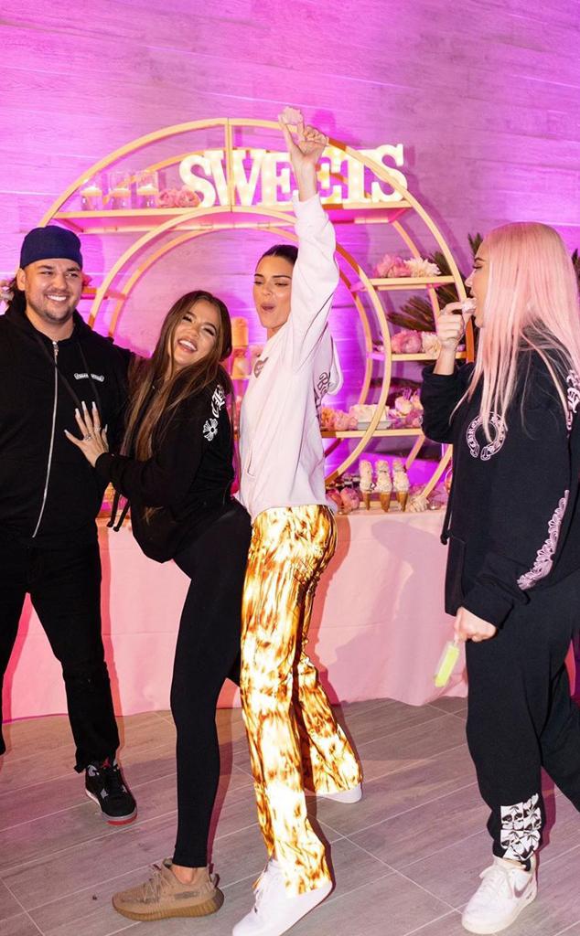 Rob Kardashian, Khloe Kardashian, Kendall Jenner, Kylie Jenner, Instagram