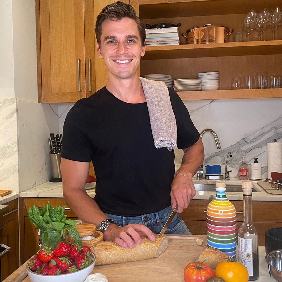 Learn How Antoni Porowski Makes a Summery Bruschetta & Why He's Embracing Quarantine