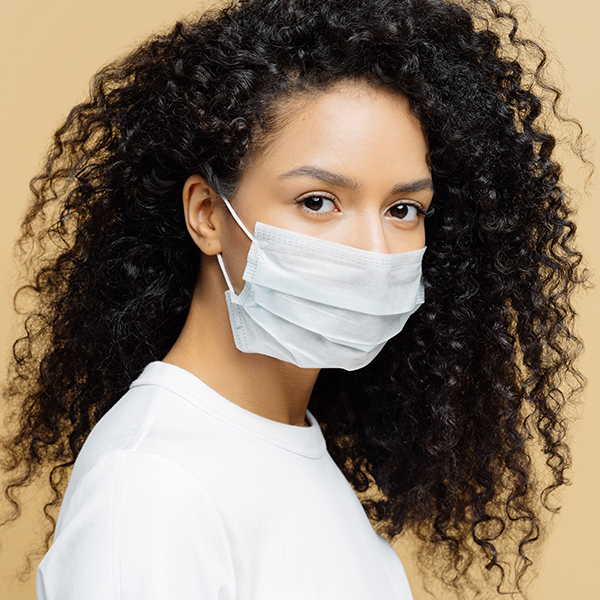 """Yes, """"Maskne"""" Is Now a Real Skin Issue: How to Prevent and Treat Face Mask-Related Breakouts - E! Online"""