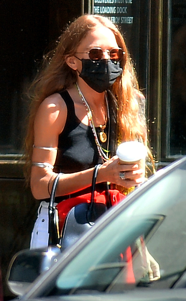 Mary Kate Olsen Spotted For The First Time Since Olivier Sarkozy Split E Online Au