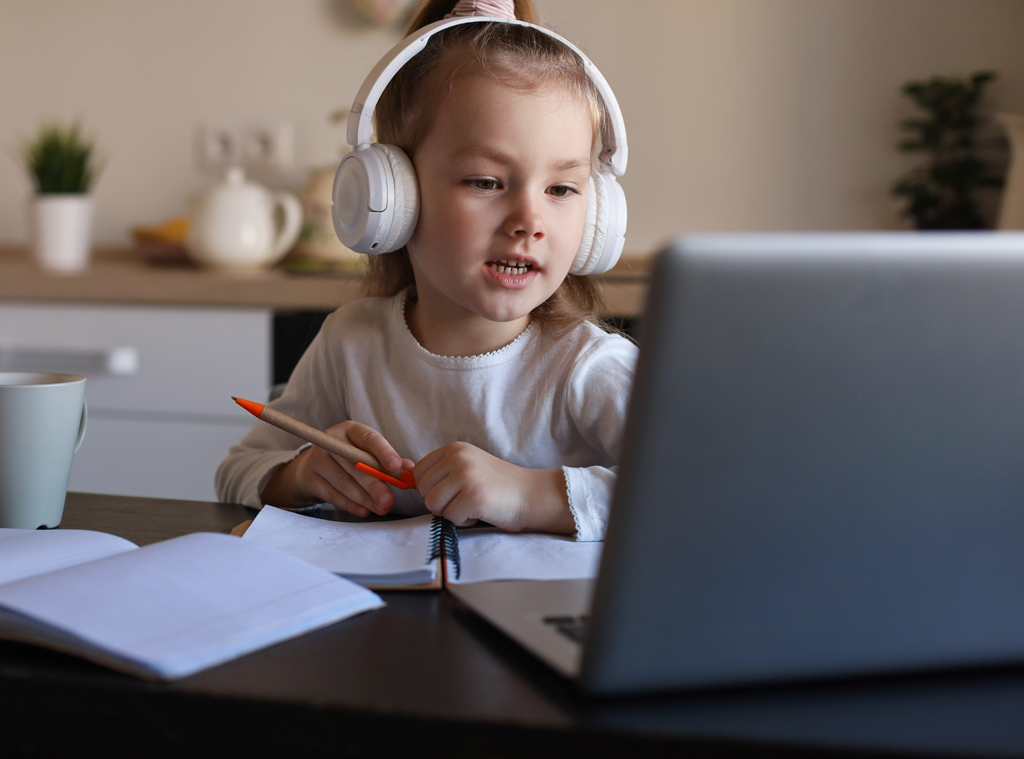 E-comm: Back to School Essentials for the New Normal
