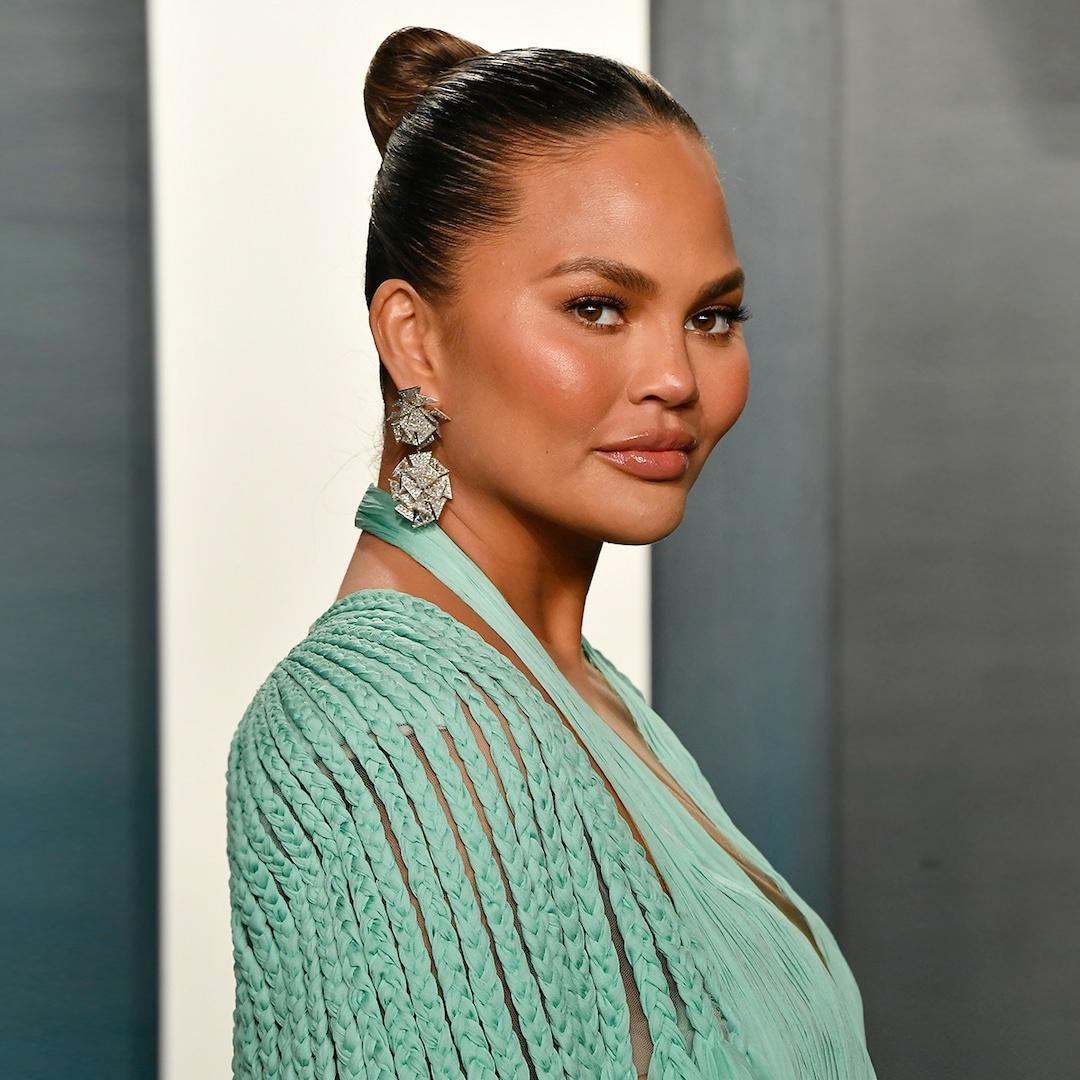 Chrissy Teigen Explains Why She's Getting Botox During Her Pregnancy – E! NEWS