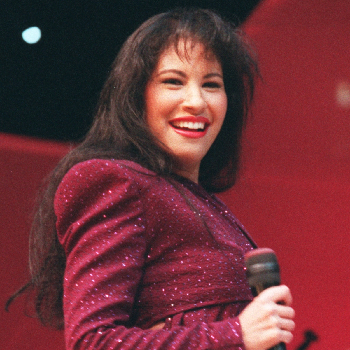 Still Dreaming Of You An Oral History Of Selena S Final Album E Online