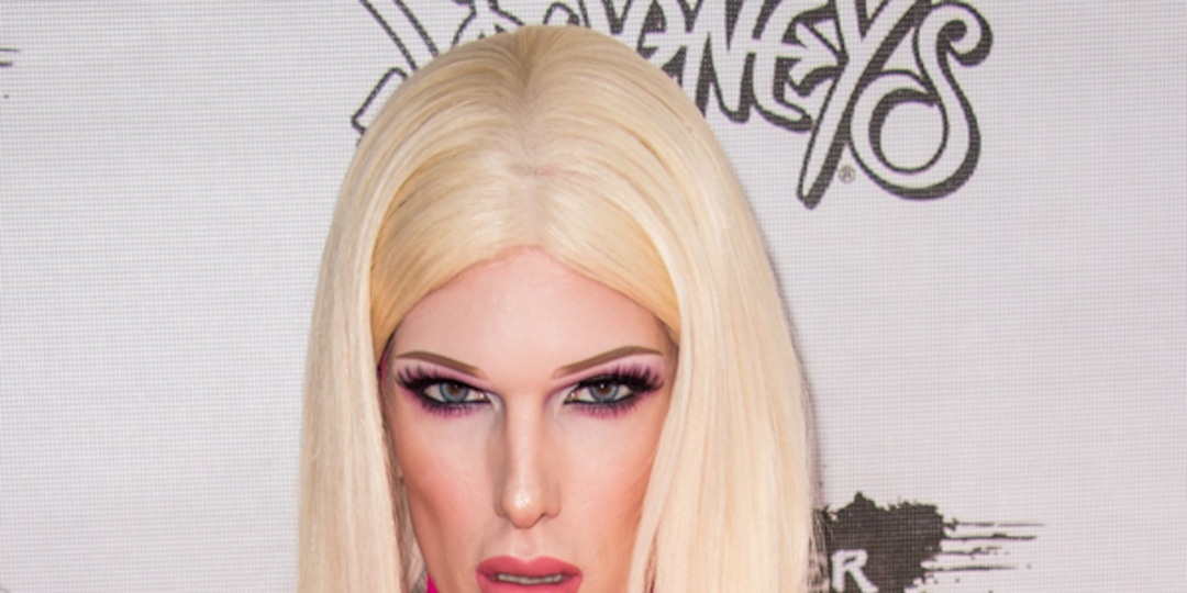 """Jeffree Star Is Hospitalized After Suffering Injuries in """"Severe"""" Car Accident - E! Online.jpg"""