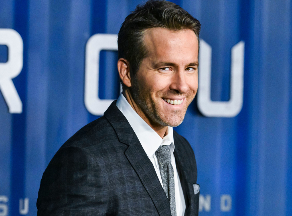 Ryan Reynolds Sends Snarky Apology to Blake Lively and George Clooney After $600 Million Gin Deal Rs_1024x759-200811135200-1024-ryan-reynolds-red-carpet