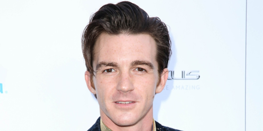 Drake Bell Pleads Not Guilty After Being Arrested for Attempted Child Endangerment - E! Online.jpg