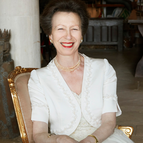 Inside the Unique Royal World of the Unflappable Princess Anne – E! Online