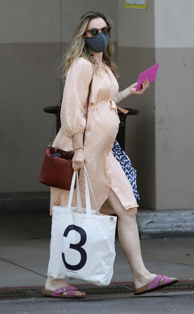 Rachel McAdams, Baby Bump