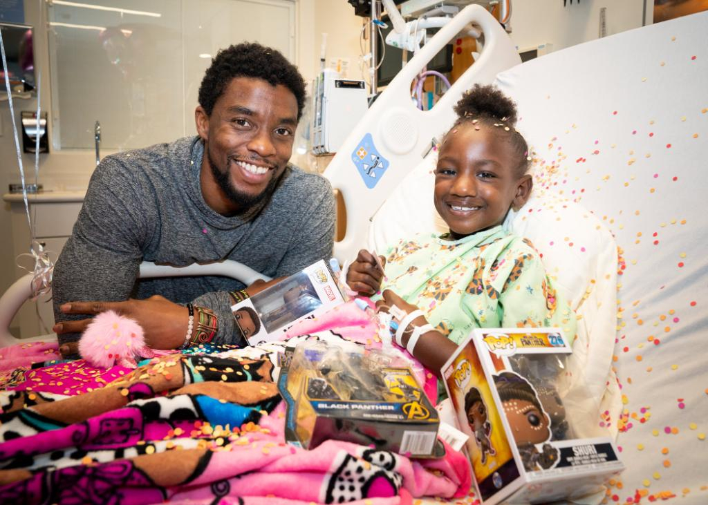 Chadwick Boseman Helped Cancer Patients As He Battled His Own Illness E Online