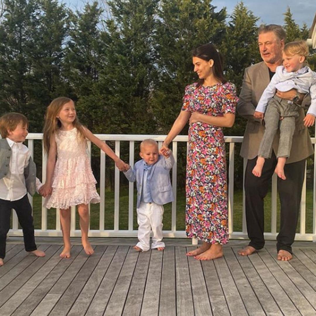 Hilaria & Alec Baldwin Introduce Their Kids to Newborn ...