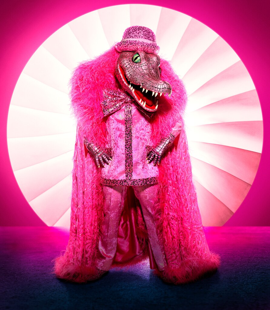 The Masked Singer Unmasks Serpent And Whatchamacallit E Online