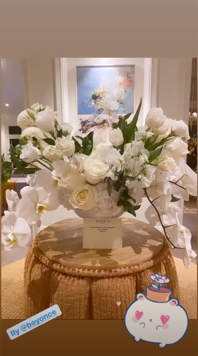 Beyonce, Katy Perry, Flowers