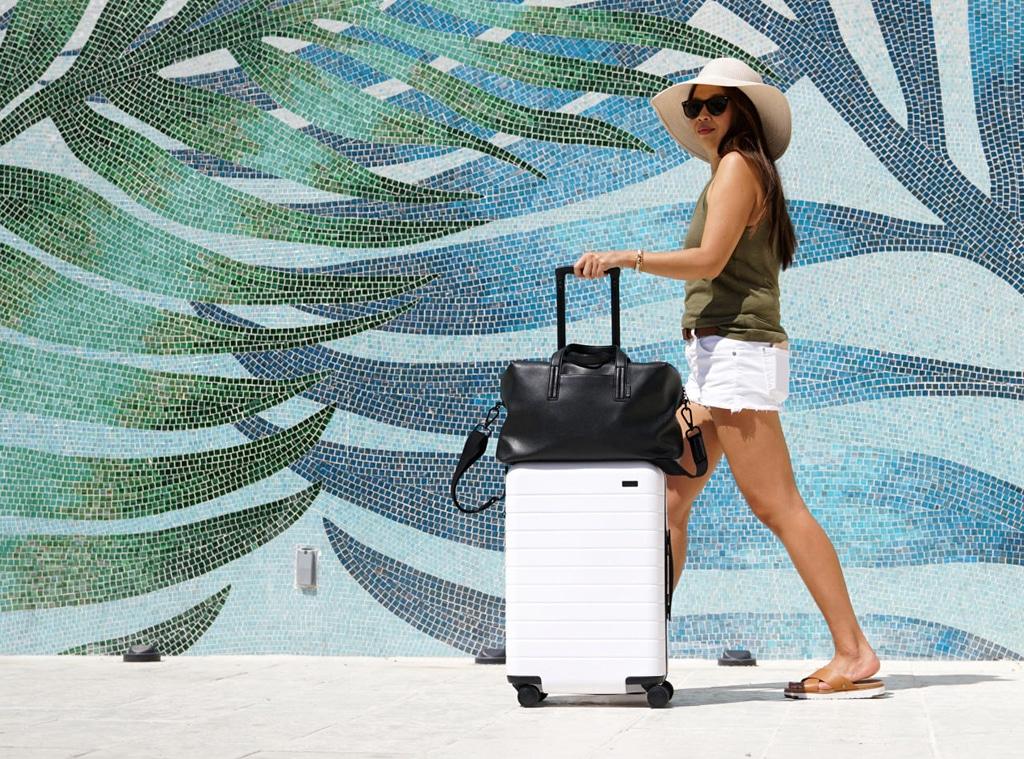 EComm: Away Luggage Sale