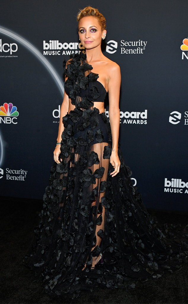 Nicole Richie, 2020 Billboard Music Awards, Red Carpet Fashions